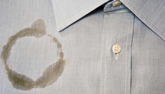 پاک کردن لکه روغن از روی لباس