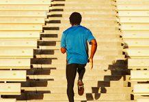 بالا رفتن از پله ها اسیبی به عضلات زانو نمیزند