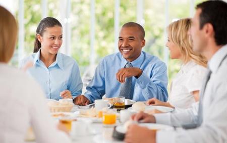 راهکارهایی برای شیک و جذاب به نظر رسیدن در جشن ها و مهمانی ها